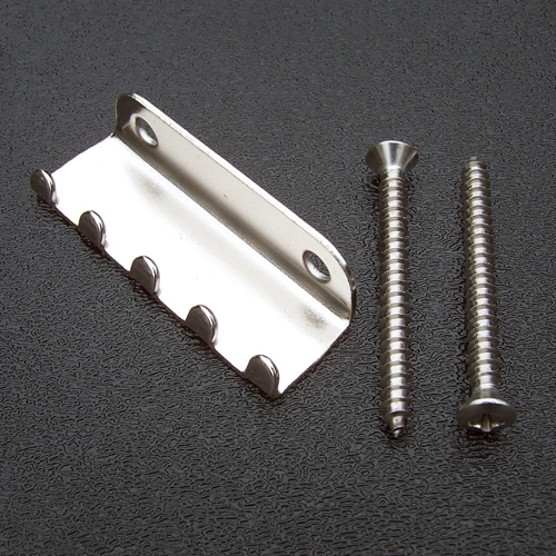BP-0109-001 Fender Stratocaster Tremolo Spring Claw and Mounting Screws